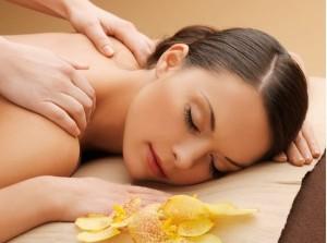 Massage zur Lockerung von Verspannungen